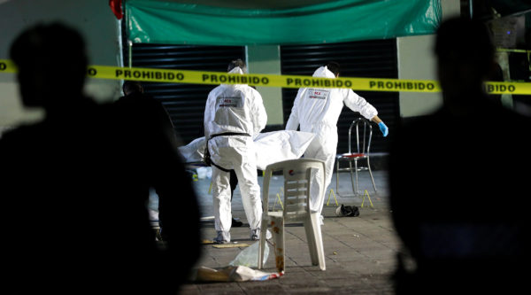 4 killed, 9 wounded in shooting at Mexico mariachi square