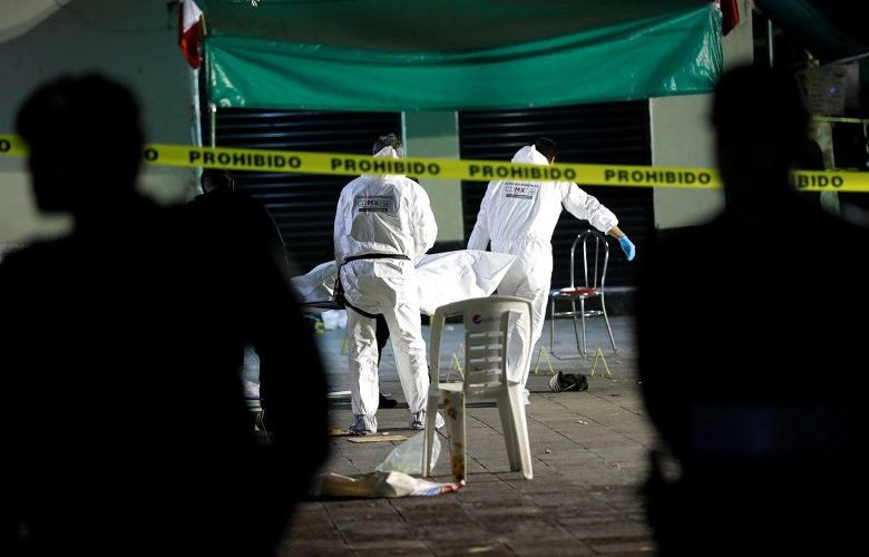 Five die after shootout at Mexico City's Garibaldi Plaza